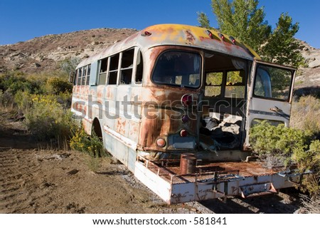 old school bus, abandoned