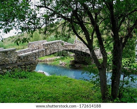 old style bridge
