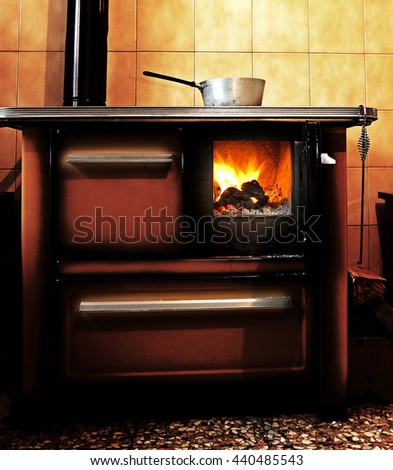 Old Wood Stove Stock Images, Royalty-Free Images & Vectors ...