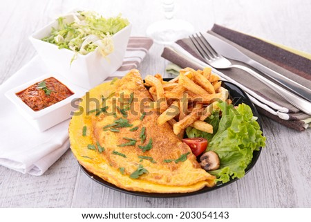 omelet and fries