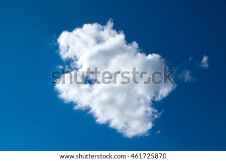 One clouds , Lonely cloud , cloud alone , One clouds and blue sky