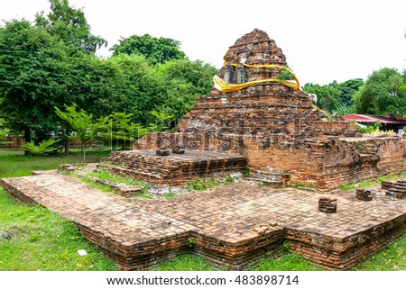 One of the ancient temple in Ayutthaya province. The ancient city of Thailand Name Wat Maheyong