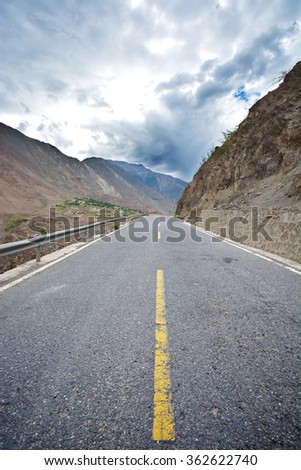 Open Road, chinese tibet
