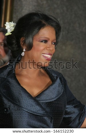 Oprah Winfrey at American Theatre Wing's 60th Annual Tony Awards - ARRIVALS, Radio City Music Hall, New York, NY, June 11, 2006