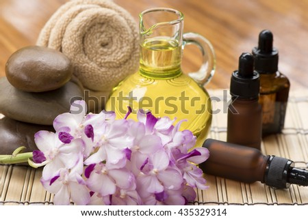 Orchid Essential Oil: mixed with various beauty products. To add fragrance and natural, using water immersion foot or hand bath water. To feel calm, relaxed.