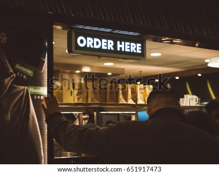 Top Order Here Sign Restaurant Stock Photo (Royalty Free) 651917473  BE03