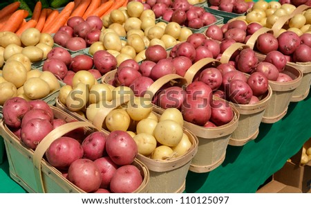 Organic Potatoes on display at outdoor Farmers Market