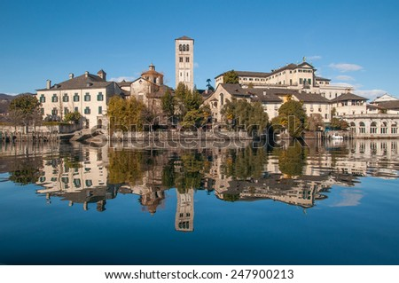 Orta San Giulio in the mirror