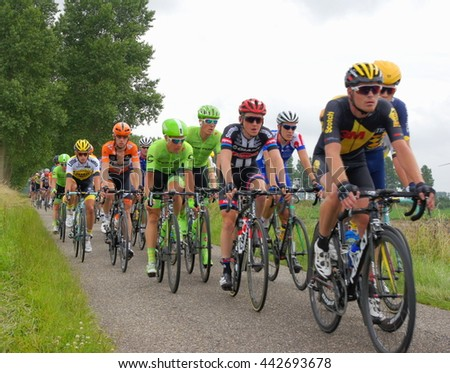 OUDDORP,NETHERLANDS - 25/06/2016 : Dutch pro cyclists starting there  last stage of the Dutch National championship on 25 June ,Ouddorp