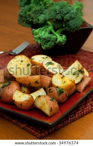 Oven Roasted Red Potatoes With Broccoli In The Background