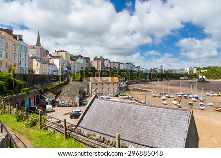 Overlooking Tenby Harbour in Carmarthen Bay, Pembrokeshire, South West Wales, UK Europe - stock photo