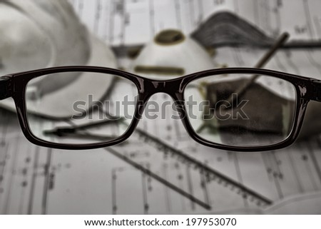 Overview of glasses from the construction project