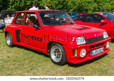 """PAAREN IM GLIEN, GERMANY - MAY 19: Hot hatch Renault 5 Turbo, """"The oldtimer show"""" in MAFZ, May 19, 2013 in Paaren im Glien, Germany  - stock photo"""