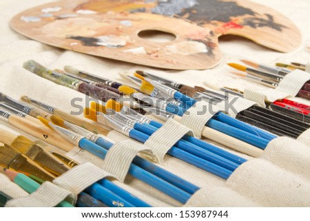 Paint brush bag and palette