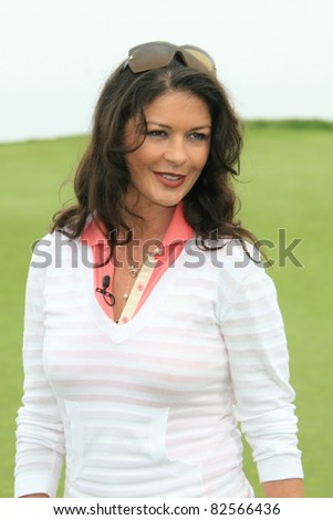 PALOS VERDES - APR 29: Catherine Zeta Jones at the 9th annual Michael Douglas and friends Celebrity Golf Tournament at the Trump National Golf Club in Palos Verdes, CA on April 29, 2007 - stock photo