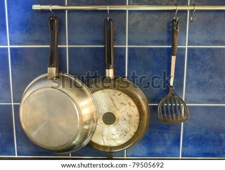 Pan Hang On Kitchen Wall