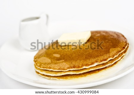 pancakes with honey and butter