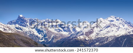 Panorama of the Coluoir Bujon mountain range view from the Col De Vars pass, Saint Paul sur Ubaye, Franse, Europe.