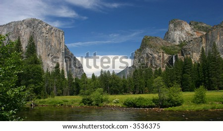 Panoramic in Yosemite National Park