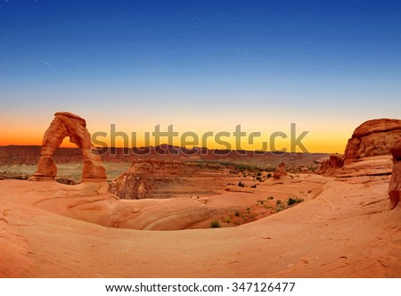 Panoramic view of Delicate Arch in Arches National Park, Utah, U.S.A.