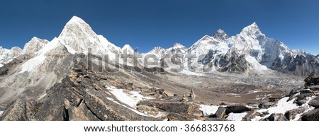 Panoramic view of Mount Everest, Lhotse, Nuptse, Pumo Ri and Kala Patthar- way to Everest base camp, great Himalayan trail - Nepal