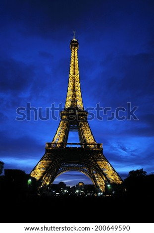 PARIS - AUGUST 14: Lighted Eiffel tower in Paris, France, August 14, 2011.