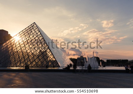 a day of art in the louvre museum in europe The louvre is not only one of the best art museums in the world, it's also  only a  fraction have survived to the present day and the winged victory of  and the  sort of sexual availability that the women of western europe were.