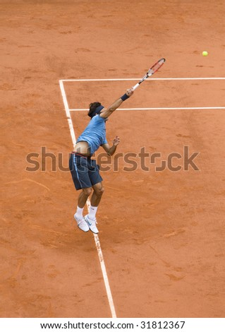 PARIS - JUNE 7: Roger Federer of Switzerland in action at French Open, Roland Garros, final game on June 7, 2009 in Paris, France.