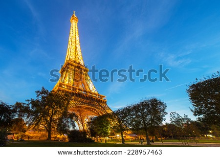 PARIS - NOV 1: Eiffel Tower Light Performance Show in Dusk on November 1, 2014. The Eiffel tower is the most visited monument of France.