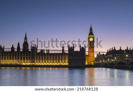 Parliament and Big Ben at Sunset and dusk in central London