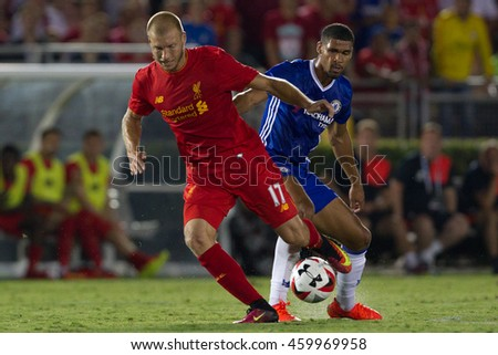 PASADENA, CA - JULY 27: Ragnar Klavan & Ruben Loftus-Cheek during the 2016 ICC game between Chelsea & Liverpool on July 27th 2016 at the Rose Bowl in Pasadena, Ca.
