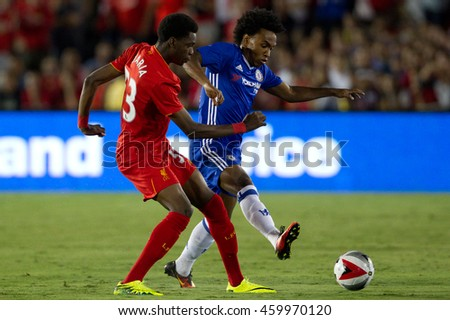 PASADENA, CA - JULY 27: Willian & Ovie Ejaria during the 2016 ICC game between Chelsea & Liverpool on July 27th 2016 at the Rose Bowl in Pasadena, Ca.