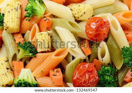 Pasta salad made of penne and vegetables