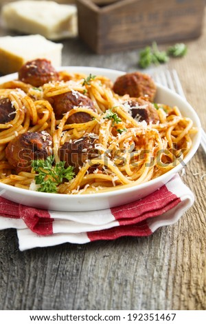 Pasta with meatballs and parmesan cheese