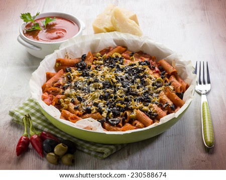 pasta with olives tomato and cheese