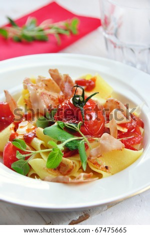 pasta with tomato and parma