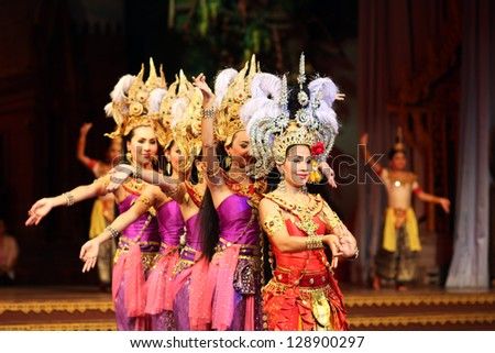 PATTAYA, THAILAND -  DECEMBER 22: Thai culture and traditional dance show at Nong Nooch tropical garden on December 22, 2012 in Pattaya, Thailand. More then 3000 visitors attended it daily