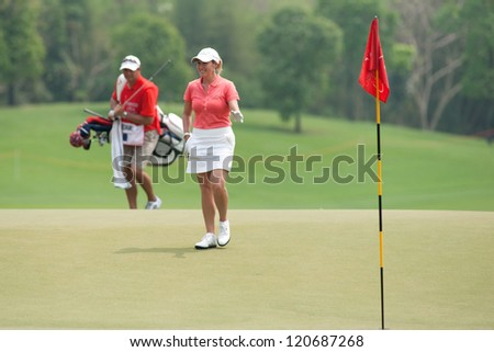 PATTAYA, THAILAND-FEBRUARY 17: Cristie Kerr of USA walks towards hole 18 during Round 2 of Honda LPGA 2012 on February 17, 2012 at Siam Country Club Old Course in Pattaya, Thailand