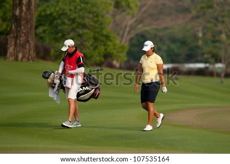 PATTAYA, THAILAND-FEBRUARY 16: Yani Tseng of Taiwan walks towards hole 18 during Round 1 of Honda LPGA 2012 on February 16, 2012 at Siam Country Club Old Course in Pattaya, Thailand