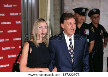 Paul McCartney With Heather Mills At The Redbook Mothers And Shakers Awards NYC 9