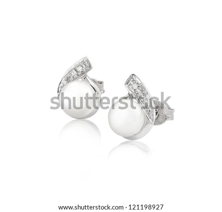 Pearl earring on silver golden body shape the most luxurious gift an image isolated on white