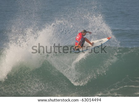 PENICHE, PORTUGAL - OCTOBER 14 : Damien Hobgood (USA) in Rip Curl Pro 2010 Round 5 October 14, 2010 in Peniche, Portugal