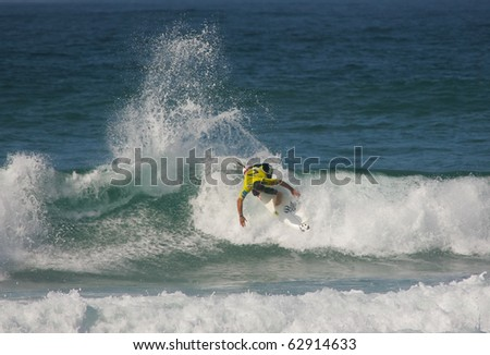 PENICHE, PORTUGAL - OCTOBER 12 : Gabe Kling (USA) in Rip Curl Pro 2010 round 3 October 12, 2010 in Peniche, Portugal