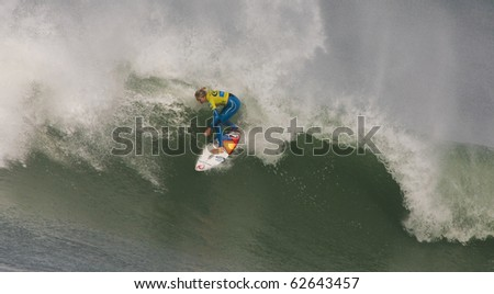 PENICHE, PORTUGAL - OCTOBER 09 : Stephanie Gilmore (AUS) in Rip Curl Pro 2010 - Semi Finals October 9, 2010 in Peniche, Portugal