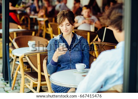 When to give your phone number online dating