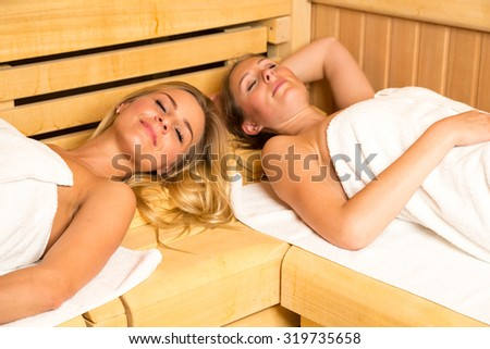 People enjoying a day in the wellness sauna