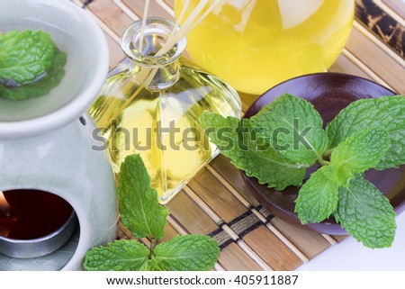 Peppermint Essential Oil: Beauty and Aesthetic Aromatherapy by a body massage, compress, Inhalation, cosmetic, fragrancers.