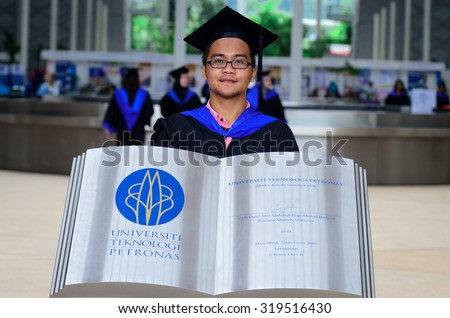 PERAK - OCT 23: 14th Graduation of UTP Students on OCT 23, 2014 in Seri Iskandar, Perak, Malaysia. UTP is one of the top engineering universities in Malaysia owned by PETRONAS.