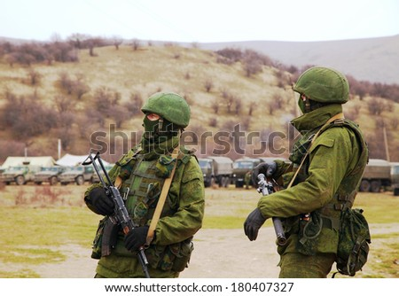 PEREVALNE, UKRAINE - MARCH 4: Russian soldiers on March 4, 2014 in Perevalne, Ukraine. On February 28, 2014 Russian military forces invaded Crimea peninsula.