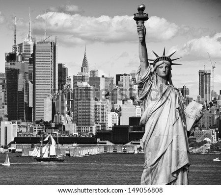 photo black and white manhattan midtown tourism concept for beautiful new york city skyline sailings boats statue of liberty